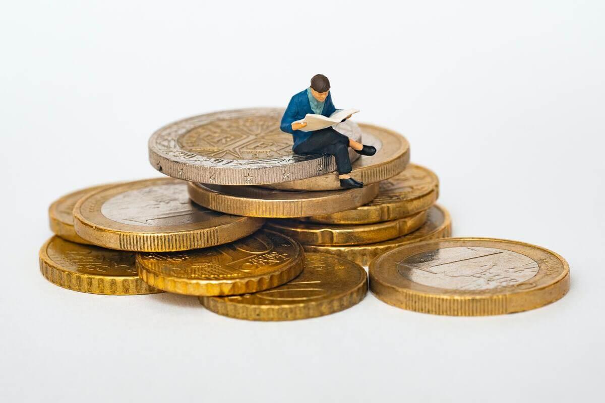 【10代・20代投資】やっぱり若いうちに投資が最強【複利を味方に長期投資】